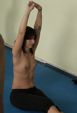 Free Fitness Moms Porn Pictures