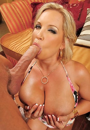 Free Moms Monster Cock Porn Pictures